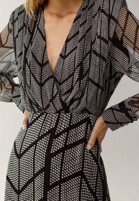 Massimo Dutti - Shift dress - black - 3