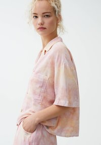 PULL&BEAR - Button-down blouse - pink - 3