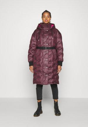 W-LALLA  - Down coat - burgundy