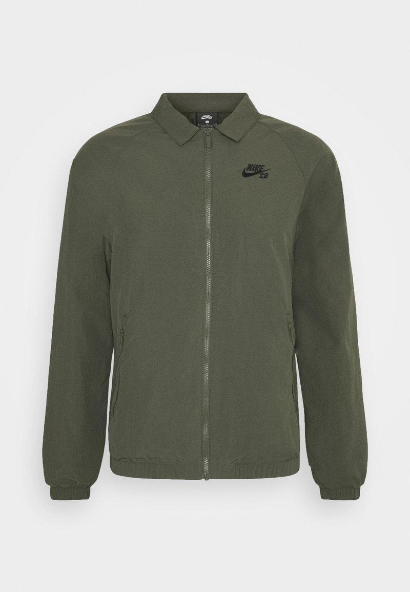 Nike SB - ESSENTIAL JACKET UNISEX - Tunn jacka - cargo khaki/black