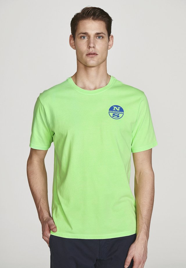 Camiseta estampada - green