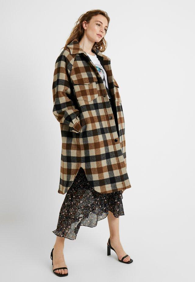 TAISHA JACKET - Classic coat - camel