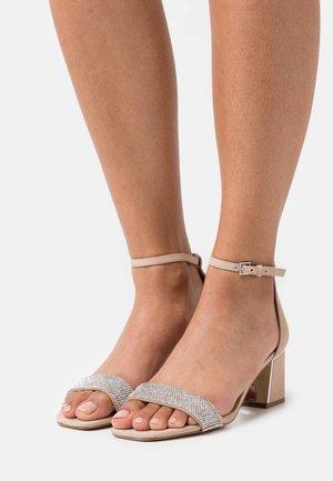 KEDEAVIEL - Sandals - bone