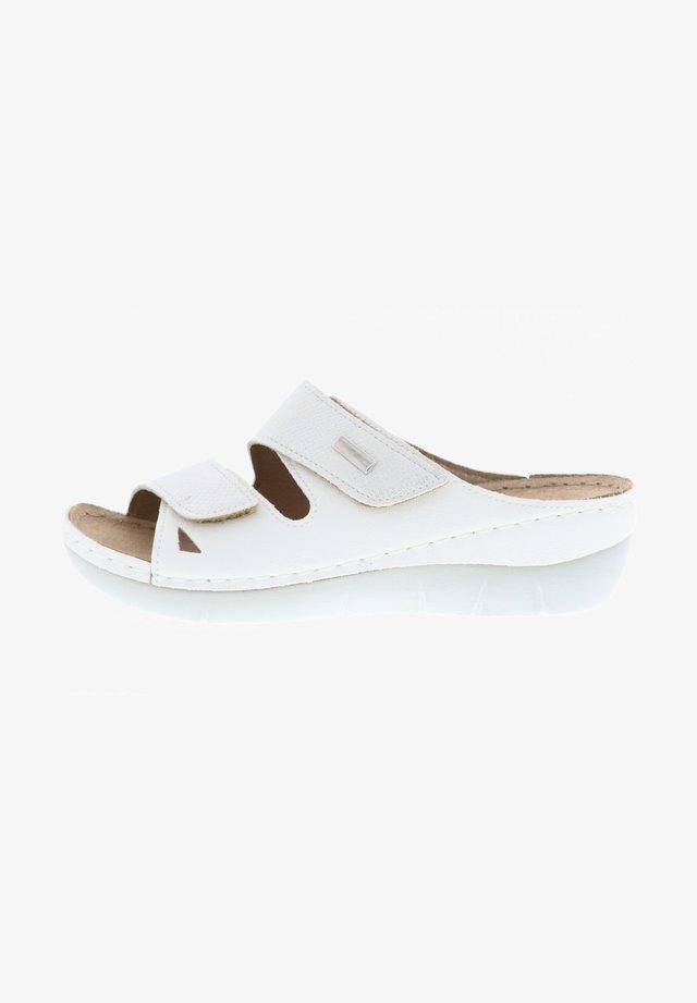 Slippers - weiß
