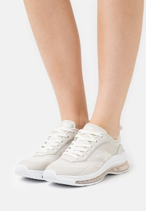 CITY AIR RUNNER MIX - Sneakers basse - white