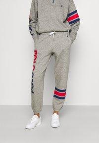 Polo Ralph Lauren - PANT ANKLE ATHLETIC - Spodnie treningowe - dark vintage heather - 0