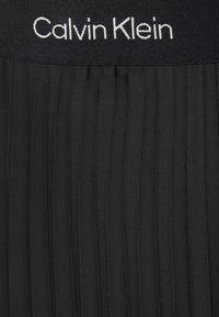 Calvin Klein - LOGO WAISTBAND PLEAT SKIRT - Jupe plissée - black - 7