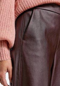 Gerry Weber - Trousers - dark chestnut - 2