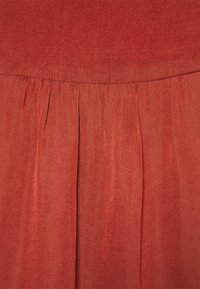 Banana Republic - FLUTTER SLEEVE TIE NECK SOLIDS - Blouse - red clay - 2