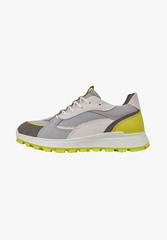 ECCO EXOSTRIKE - Sneakers laag - dark shadow/sulphur/wild dove/white