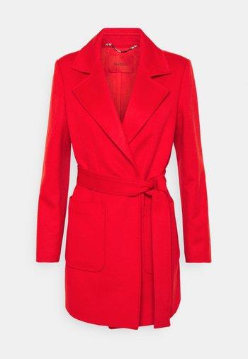 SHORTRUN - Klasický kabát - red