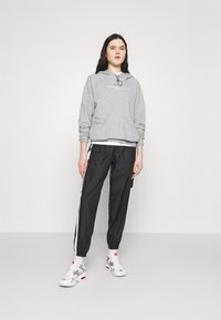 Nike Sportswear - HOODIE - Sweatshirt - dark grey heather/white - 1
