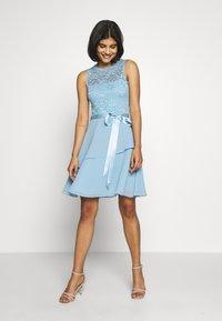 Swing - Koktejlové šaty/ šaty na párty - blue - 1