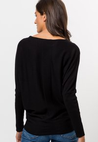 zero - Strickpullover - black - 2