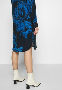 Expresso - BIBIAN - Sukienka letnia - dunkelblau - 5