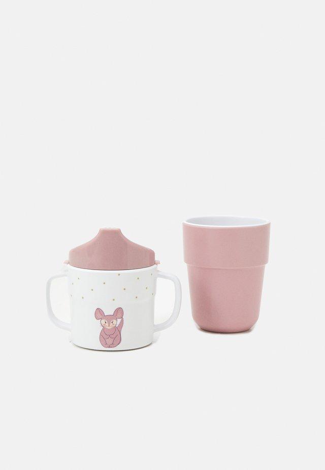 SIPPY CUP MUG ABOUT FRIENDS CHINCHILLA  SET UNISEX - Biberon - rose