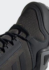 adidas Performance - TERREX AX3 GTX SHOES - Baskets basses - grey - 6