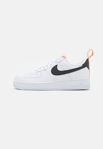 AIR FORCE 1  - Trainers - white/black/total orange/reflect silver