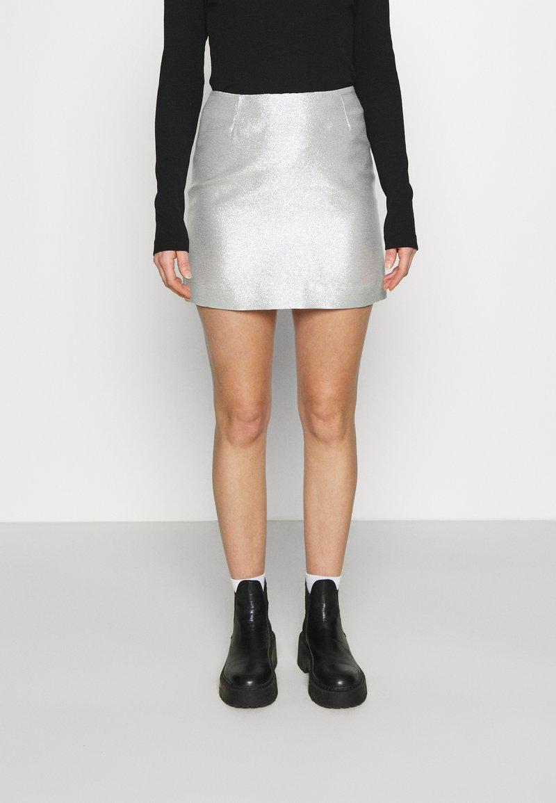 Monki - LUCY SKIRT - Mini skirt - silver