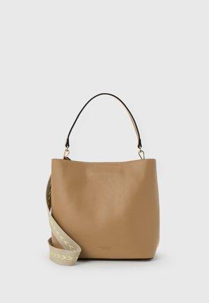 KERAVA III SET - Handbag - nude