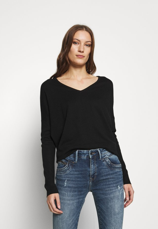 MILA V NECK - Trui - black