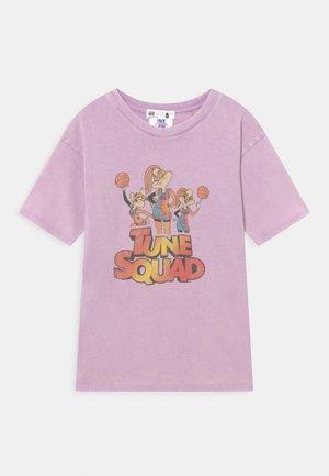 LOONES TUNES LICENSE DROP SHOULDER SHORT SLEEVE TEE - T-shirt print - light pink