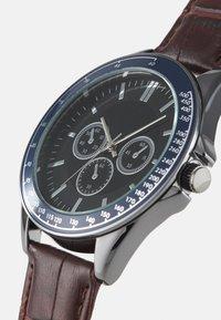 Burton Menswear London - CHUNKY WATCH - Reloj - brown/multi - 3