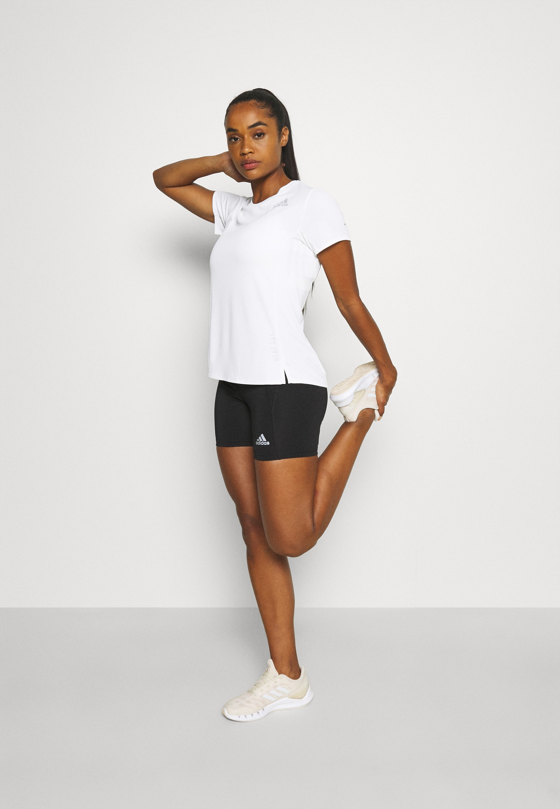 Women HEATRDY TEE - Print T-shirt