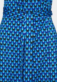 Diane von Furstenberg - BANDED JULIAN MINI - Jersey dress - adriatic - 6