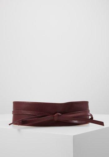 SKIMONO - Waist belt - burgundy
