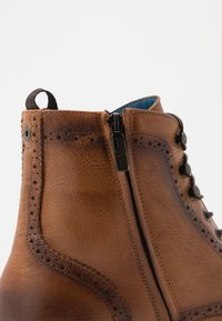 Giorgio 1958 - Lace-up ankle boots - camel - 5