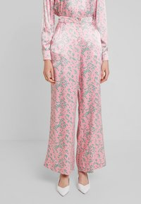 Ghost - HARLEY TROUSER - Trousers - pink - 0