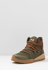 Columbia - FAIRBANKS 503 OMNI-HEAT - Walking boots - nori/dark adobe - 2