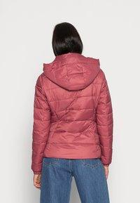 Tommy Hilfiger - SORONA  PADDED JACKET - Light jacket - misty red - 2