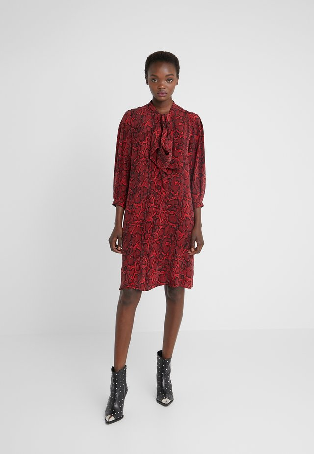 LISBETH - Shirt dress - red