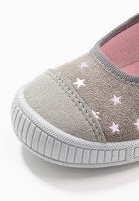 Superfit - BELLA - Domácí obuv - grau - 5