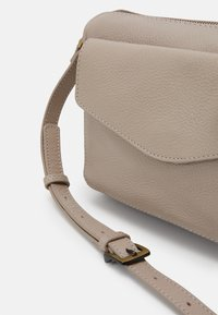 Zign - LEATHER - Torba na ramię - taupe - 3