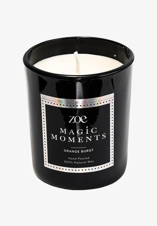 MAGIC MOMENTS ORANGE - Geurkaars - black
