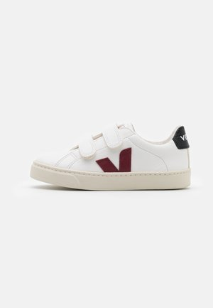 SMALL ESPLAR UNISEX - Zapatillas - extra white/marsala/black