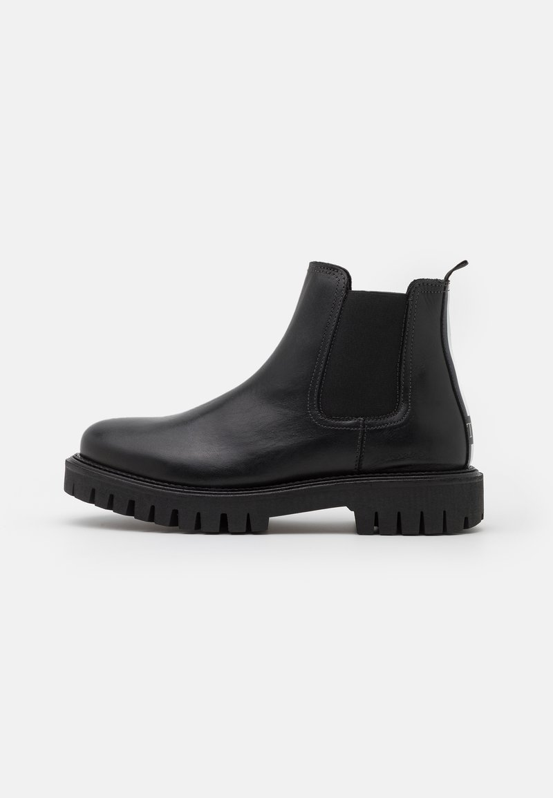 Tommy Hilfiger - CASUAL CHUNKY DRESS CHELSEA - Stiefelette - black