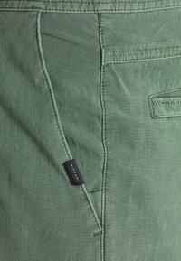 Rip Curl - REGGIE BOARDWALK - Shorts da mare - mid green - 2