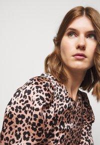 Claudie Pierlot - REYNA - Day dress - clair - 5
