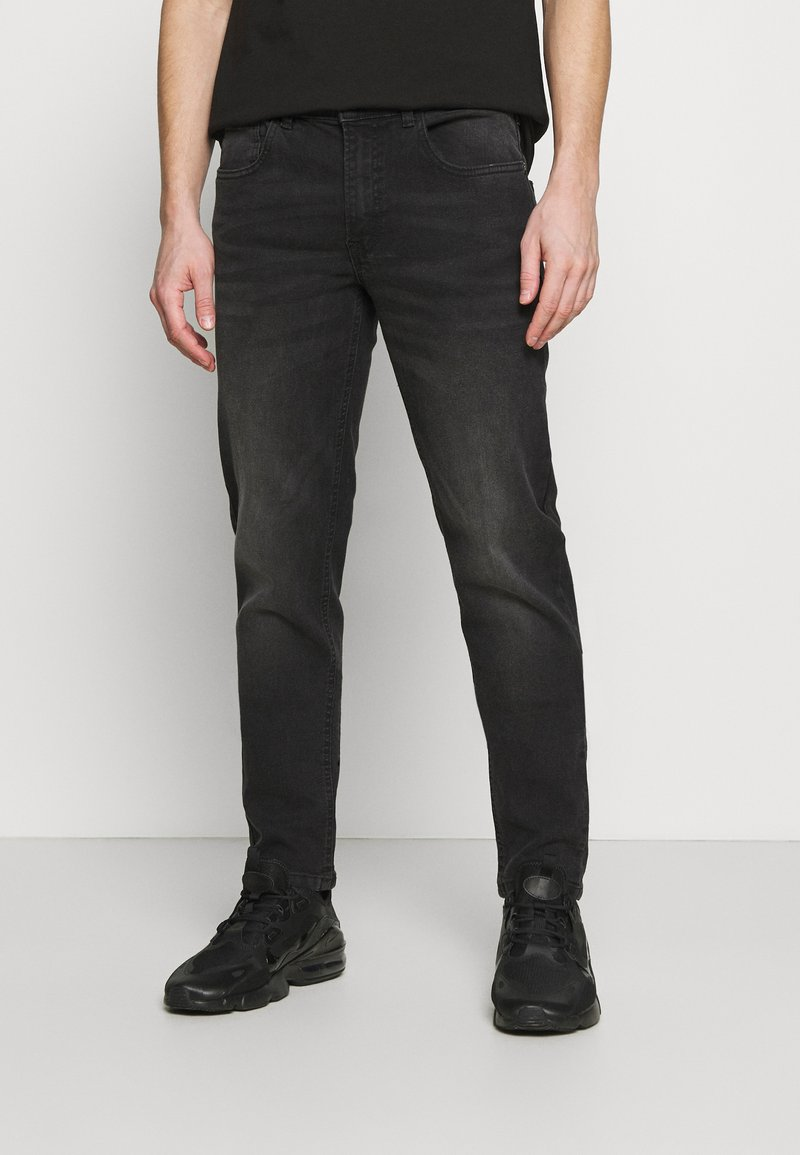 Redefined Rebel - COPENHAGEN - Jeans a sigaretta - charcoal