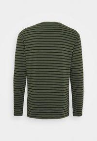 Wood Wood - LONG SLEEVE - Long sleeved top - army/black - 1