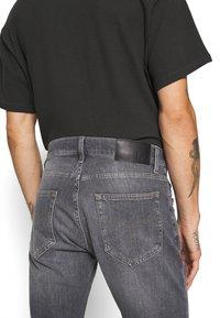 Tiger of Sweden Jeans - PISTOLERO - Straight leg -farkut - black - 5