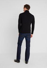 Mustang - OREGON - Jeans Bootcut - super dark - 2