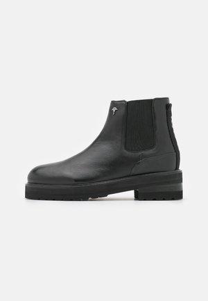 MARIA CHELSEA BOOT  - Platform ankle boots - black