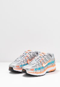 Nike Sportswear - P-6000 - Sneakers - metallic silver/white/hyper crimson/blue fury/black - 4