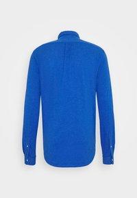 Polo Ralph Lauren - FEATHERWEIGHT MESH SHIRT - Chemise - dockside blue - 7