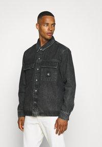 Calvin Klein Jeans - UTILITY SHIRT JACKET - Denim jacket - black - 0